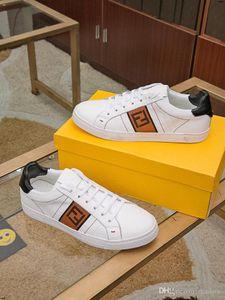 20FW Modische Jugend Herren-Schuh-beiläufige Unisex weißen Turnschuhe Breathable Gehen Schuhe Männer Frauen Red Lace Up Wohnungen YECQ4