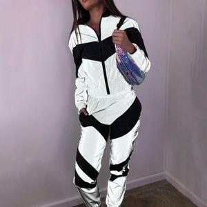 Litthing Women Tracksuits 2 Piece Set Reflective Zipper Crop Top Pants Fashion Female Female Loose Jacket Coat Trouser Plus XL T200702