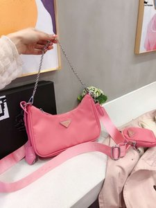 Borse Donne Triade Retro nylon Alar Messenger Bag Vintage Worn thin borsa della spalla della benna Tote Bags Purses donna delle donne delle ragazze di lusso