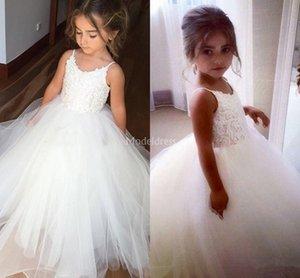 2019 Encaje Encantador Nueva Flor Vestidos de las muchachas Joya Cuello Apliques Tulle Girl Primera Comunión Vestido Santo Fiesta de Niño Barato Vestido Brithday Vestido
