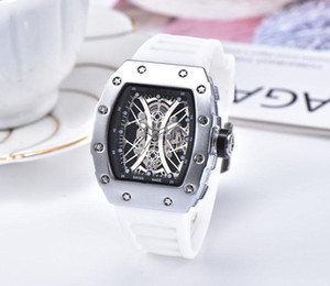 2019 latest version of the silicone strap sports military men wath center clock calendar reloje man watches the freedom of man's