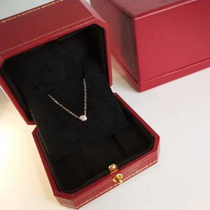 Mini-chaîne unique de la clavicule de forage femmes collier pendentif Individualité Fleur Clavicule chaîne pour les femmes Anniversaire Nouvel An cadeau