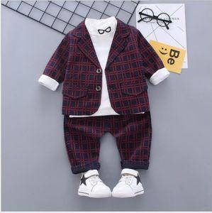 2020 nuevos más vendidos primavera y otoño caballero 0-5 años de edad, muchacho ojos comprobar pequeño traje de pantalón largo de la manga de tres piezas