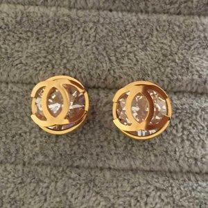 2020 새로운 반짝 큰 다이아몬드 편지 스터드 귀걸이 316L 스테인레스 스틸 3 색 18K 골드 실버 여성 남성 귀걸이 무료 배송 장미