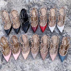 De lujo del dedo del pie zapatos de diseñador-2 de la correa del tacón inferiores sandalias de los pernos prisioneros de la bomba mujeres patente de la piel de becerro de cuero con cierre de tiras bomba de calidad superior