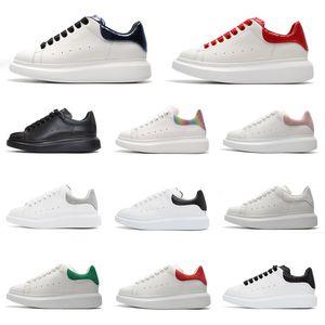 Mode peau de serpent chaussures de créateurs de luxe UK triple noir blanc 3M réfléchissant grean rouge argent jade mens femmes baskets chaussures de sport