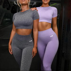 2020 Sommer-Sport-Set Frauen Lila Logo Zwei 2 Stück Crop Top T-Shirt-BH Leggings Sportsuit Workout Outfit Fitness Yoga-Gymnastik-Sets