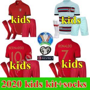 Çocuklar uzakta 2020 futbol formaları RONALDO JOAO FELIX ev kiti erkek takım elbise futbol forması 20 21 PORTEKİZ GUEDES çocuk setleri Camisa de futebol