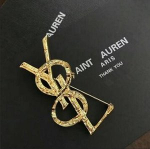 19 new products on the European and American gold double love letter brooch ladies gold-plated braided jacket bow tie accessories