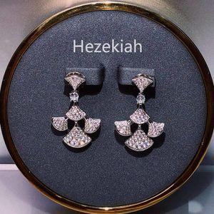 Hezekiah 925 Tremella Needle Luxus-Ohrringe Französisch Qualität der Dame Partei Ohrringe Tanzparty Lady of Fame Hochzeit Braut Ohrringe