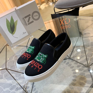 20ss MENS DesignershoeS Brandslipper Beach scarpe da barca tigre Infradito scarpe ragazzi di lusso di corte MENS Designershoes casuali con scatola 20030507T