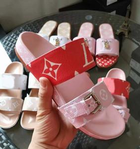 Designer Shoes Mulheres BOM DIA MULE LISA Deslize Sandália Fashion Lady Letter Imprimir couro sola de borracha Slipper com 35-40 com caixa L13