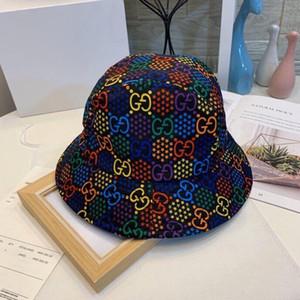 Nuevo diseño de estilo ITALIA Mens del estilo cápsula de la manera Mujer Tacaño del borde de los sombreros respirable ocasional Equipada sombreros de la playa de la alta calidad