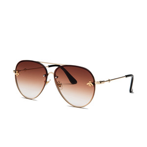 ALIKIAI Luxury Bee 2020 Pilot Sunglasses Women Fashion Shades Metal Frame Vintage Brand Glasses Men Designer Male Female UV4OO