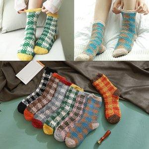 201910 Girls Women Plaid Fuzzy Socks Soft Warm Fluffy Stockings Cute Comfortable Winter Slipper Christmas Sock Thick 7 Colors M742F