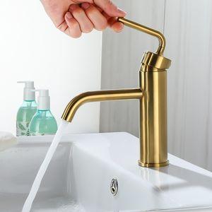Torneira do banheiro Rose Gold, escovado ouro Bacia Tap Deck Montado Copper água Mixer Faucet Alto Curto Disponível