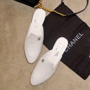 A principios de la primavera, la nueva zapatilla de baño Muller, sencilla y elegante, clásica, de color sólido, diseño de lujo, primavera y verano, con un estilo cómodo para mujeres.