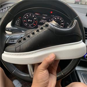 Economici Miglior design di lusso degli uomini dei pattini casuali della signora Women Fashion Sneakers luminoso riflettente 3M Bianco Pelle formatori piattaforma Sneakers