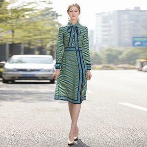Work Party manera de las mujeres del resorte del otoño nuevos de alta calidad de la vendimia casual elegante de la solapa de manga larga Imprimir Costura Vestido a media pierna