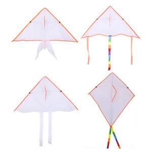 50 шт Mix Оптовая 4 типа DIY Картина Красочные Летающий Складная Открытый пляж Kite Дети Дети Спорт Смешные игрушки