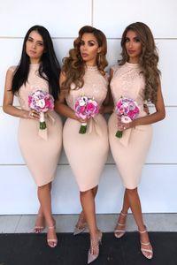 Summer Boho Country Short Bridesmaid Dresses 2020 Halter Neck Knee Length Sheath Sleeveless Appliques Women Cocktail Party Gowns BM0933