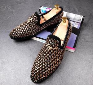 새로운 남성 디자이너 고전 rhinestone 지적 드레스 플랫 oxford 신발 신사 결혼식 신발 남자 귀가 사무실 신발 zapatos hombre