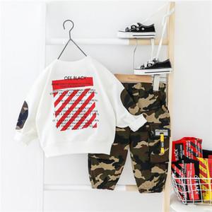 HYLKIDHUOSE 2020 Primavera Meninos Vestuário Define Sports T calças camisa de camuflagem da criança infantil Roupa Crianças de férias Costume
