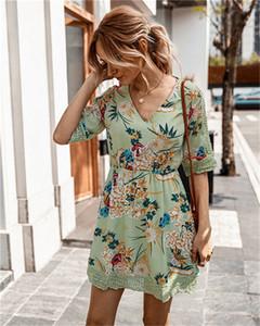Kadın Çiçek Baskılı Yaz Elbiseler Örme Patchwork Hollow Out Elbise Dişiler Tasarımcı Moda V Yaka Yüksek Bel Giyim