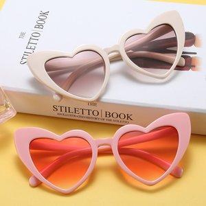 Gafas de sol de corazón amoroso para niñas 7 colores Señoras UV400 Gafas de sol de ojo de gato de moda Gafas de sol Uk Cat Eye