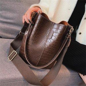 Retro Bucket Bolsas Mulheres de crocodilo padrão Handbag Capacidade Casual Crocodile Messenger Ombro Bolsas Ladies Pu Bolsa