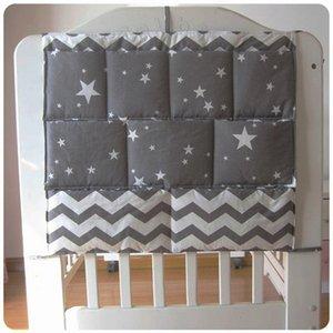 Chambres Cartoon Nursery Hanging Sac de rangement Lit bébé Lit de bébé Organisateur Toy couches de poche pour nouveau-né Literie de bébé 58 * 48cm
