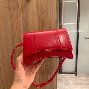 2020 new high-quality leather handbag, one-shoulder bag, fashion courier bag, fashionable waist bag