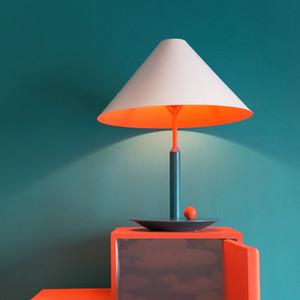 Nordic Macaron metal del color de la lámpara de tabla Villa Hotel del dormitorio del hogar Lectura Estudio Teórico accesorio de la lámpara TA161