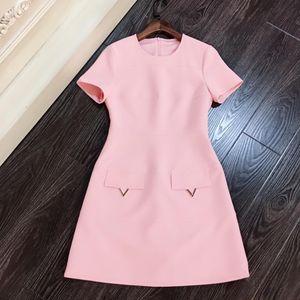 Moda-Milan Pist Elbise 2019 Beyaz / Siyah / Pembe Kısa Kollu Kadın Elbise Tasarımcı V vestidos de Festa 28922