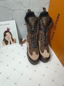 qualité supérieure Fashion imprimé rayures semelle épaisse bottes courtes femmes semelle épaisse Martin bottes en cuir véritable lacent courte taille Bottes 35-42 024