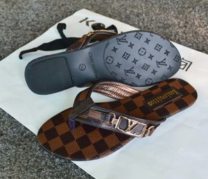 2019 gBrand Frauen Sandalen große größe 35-42 Designer Schuhe Luxus Rutsche Sommer Mode Breite Flache Rutschig Mit Dicke Sandalen Slipper flip flops