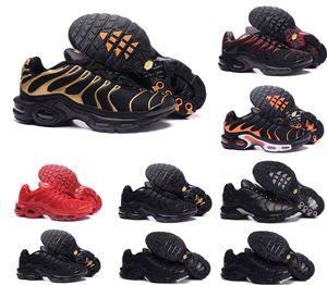 Üst Kalite Ucuz Womens Ayakkabı Gökkuşağı Yeşil TN Plus Ultra Spor Requin Sneakers hava Caushion Koşu ayakkabıları 40-45 boyutu