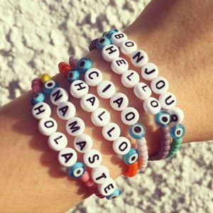 VSCO Mädchen INS Hot Basic Perlen Armbänder VSCO Brief Armbänder Hallo Ciao Bonjou String Bangle Unisex Designer 5 Farben