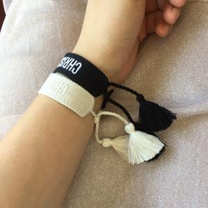 Кисточка Шнуровка браслет, Плетеные браслеты для мужчин и женщин, дизайнер вдохновил Тканый браслет дружбы в качестве подарка для любимого человека