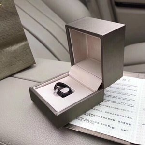 2020 Mode Sturm edlen Retro schwarze Keramik-Intarsien Diamant-Ring, Paar Paar Ring 032301