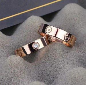 Classic luxury Cãrtiêr designer jewelry women ring with crystal mens gold rings stainless steel 18k love bracelet screw bangle bracciali