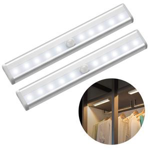 6led / 10LEDs PIR LED استشعار الحركة الخفيفة خزانة خزانة السرير مصباح LED تحت خزانة ضوء الليل على الدرج خزانة المطبخ مصباح