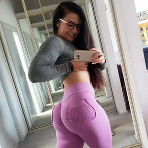 2019 new fashion popular personality Yoga pants women's Euro-American fashionable hip-lifting yoga pants with pure-color underpants