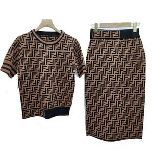 Diseñador de las mujeres Tejidos Tees bordea a las mujeres Marca FF mujeres vestidos de camiseta + falda de la cadera hecho punto elástico de lujo de dos piezas traje de tamaño S-L