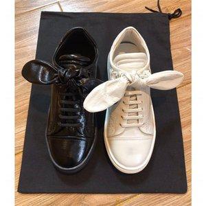 나비 넥타이와 최신 여성 가죽 스니커즈는 상자와 함께 송아지 가죽 귀여운 오버 사이즈 화이트 스니커즈 캐주얼 플랫 신발 여자