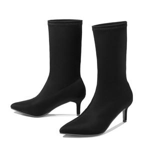 2020 mulheres New apontou salto alto Martin botas de moda de tamanho grande botas de tubo por atacado sapatos de inicialização sneakers