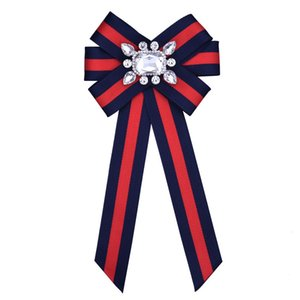 Mulheres Pinos Exagerado Big-Name Bow-malha Chest-malha Stripe tecido pin broche de diamante Designer For Women Jóias Banquete Decoração