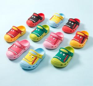 Été enfants Cartoon Cave Chaussures Garçons Filles Sabots enfant en bas âge les petits enfants Slipper Dinosaur jardin Chaussures eau à enfiler Sandales légers