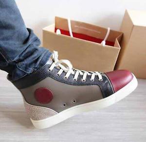 Versión limitada Zapatillas de deporte de cuero genuino de corte alto Picos de fondo rojo Mocasines planos de skate para hombres con púas junior Mocasines para amantes Tamaño Zapatillas de moda