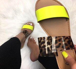 2019 Women Slippers Flip Flops Summer Women Crystal Diamond Bling Beach Slides Sandals hococal Casual Shoes Slip On Slipper